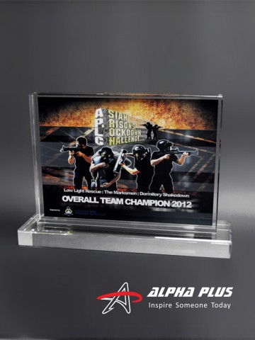 CAP25 Crystal Plaque - Clear Base